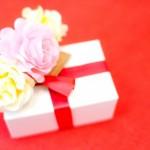 【付き合い始め】の彼女にプレゼント!心を掴む3つのプレゼント